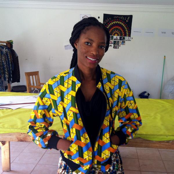 Emma Chauwa - Cutter